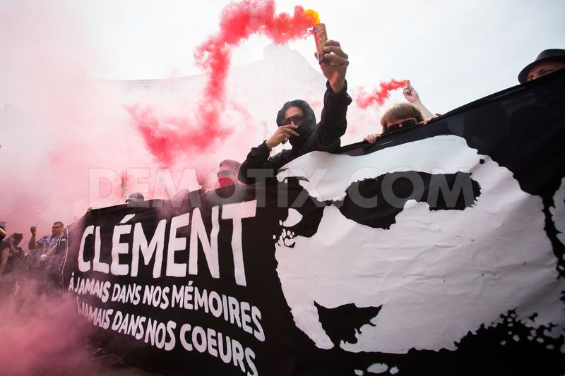 1370854341-thousands-antifascists-protest-in-paris-after-clement-merics-death_2133018