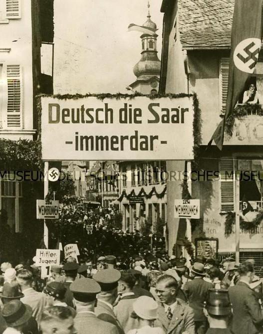 Damals wie heute: Rüdesheim während der Saarkundgebung  am 27.08.1933